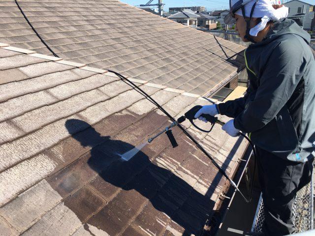 藤枝市の屋根の高圧洗浄
